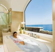 10 Best Hotel Bathrooms