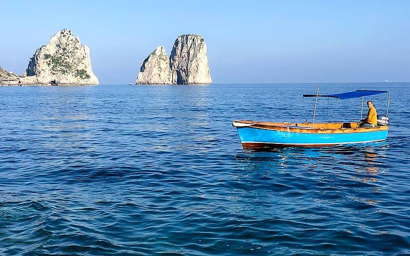 """Renting a Traditional """"Lancia"""" on Capri"""
