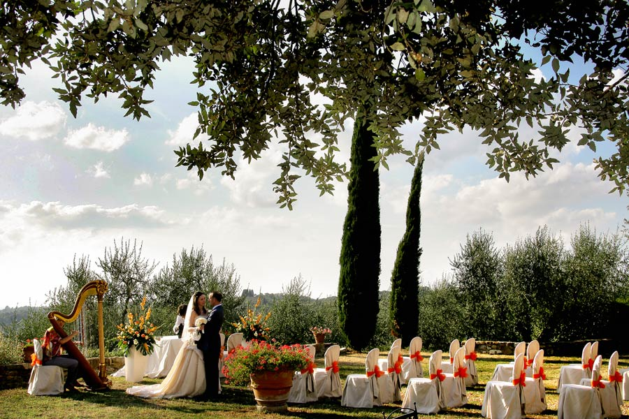 Matrimonio Country Chic In Toscana : Matrimonio in toscana experience by italytraveller