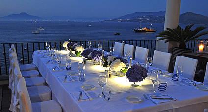 JKitchen Lounge & Restaurant