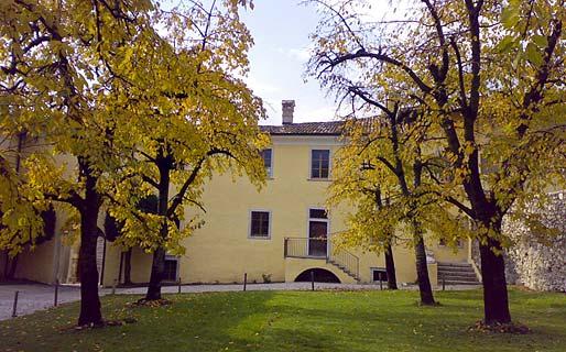 Relais Palazzo Lodron Historical Residences Nogaredo