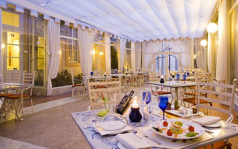 Byblos art hotel villa amist corrubbio di negarine e 37 for Designhotel verona
