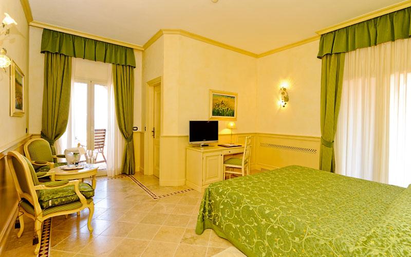 Hotel hermitage portoferraio isola d 39 elba e 96 hotel - Hotel ermitage andorra ...