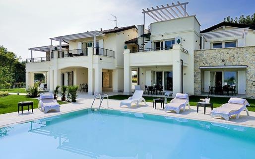 Villa onofria sirmione lago di garda e 27 hotel - Residence lago di garda con piscina ...