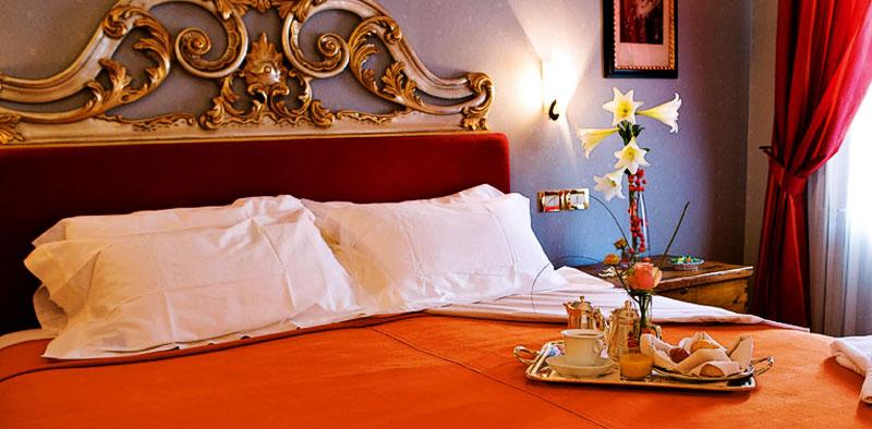 verona hotel regina adelaide: