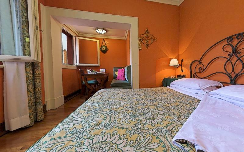 Foto e immagini bologna hotels photogallery for Albergo orologio bologna