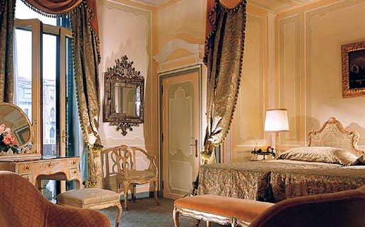 Gritti palace venezia and 19 handpicked hotels in the area for Designer hotels italien