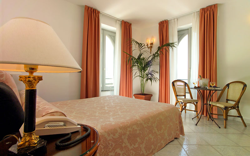 hotel capri roma: