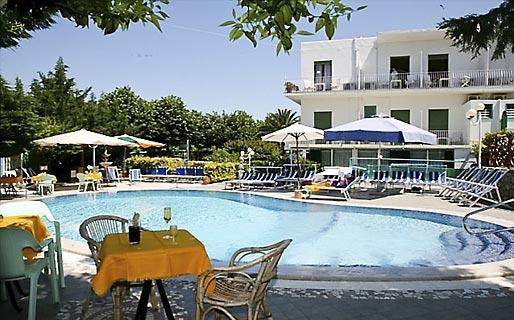 Carmencita Hotel 3 estrelas Anacapri